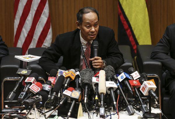 汚職対策委員会の長官 Datuk Seri Mohd Shukri Abdull