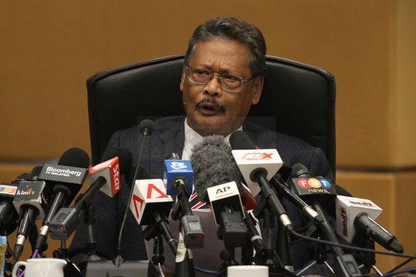 新しい検事総長Mohamed Apandi Ali : 『首相は無罪 ! 無罪です! 』.....$$$$$ !!!