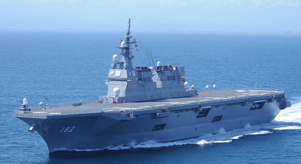 (海上自衛隊)海自ヘリコプター搭載護衛艦DDH-182「いせ」、2011年3月就役、「ひゅうが」型の2番艦で、満載排水量19,000 ton、全長197 m、速力30 kt、搭載ヘリ11機。この2隻に続き26,000 ton級の大型艦「いずも」、「かが」、の2隻が2015年から就役している。