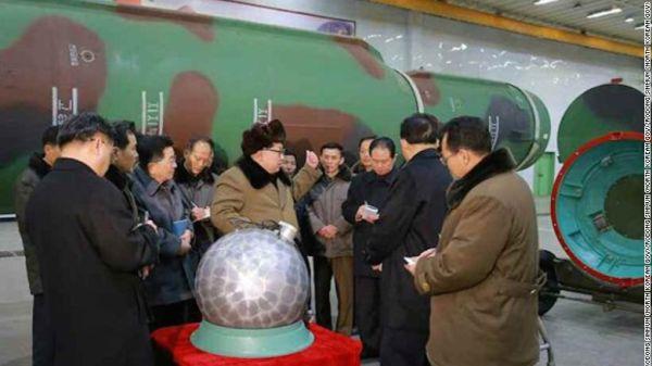 金豚 :『ちょっと安心した !』 北朝鮮の核兵器製造能力は「今も損なわれていない」