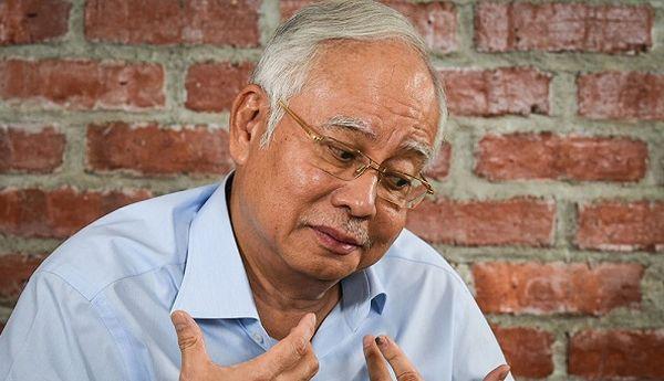マレーシア「史上最悪の首相」,ナジブ前首相 :『僕がこの 1MDB 資金洗浄不祥事について何も知らなかったよ, だからわたしは無実です ! 』 いひひひ ! オホホホ ! ワハハハ !  (*´◡`*) !