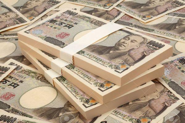 金豚 :『うちの金王朝は三世代にわたり, 日本からのお金を強奪しやすいよ ! とても簡単です ! 』