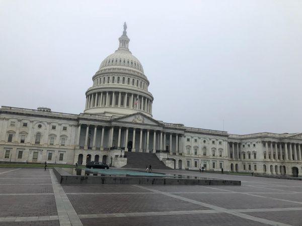 大好きの国議会議事堂